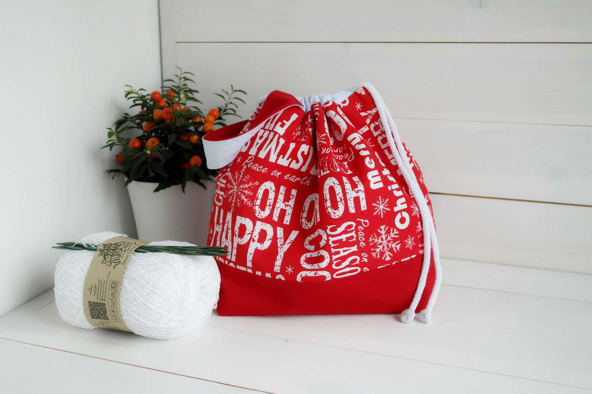 Drawstring yarn project bag (christmas pattern)