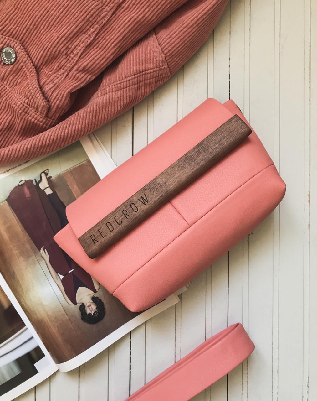 ed3819cdcffa Купить модные женские сумки клатчи на каждый день - REDCROW